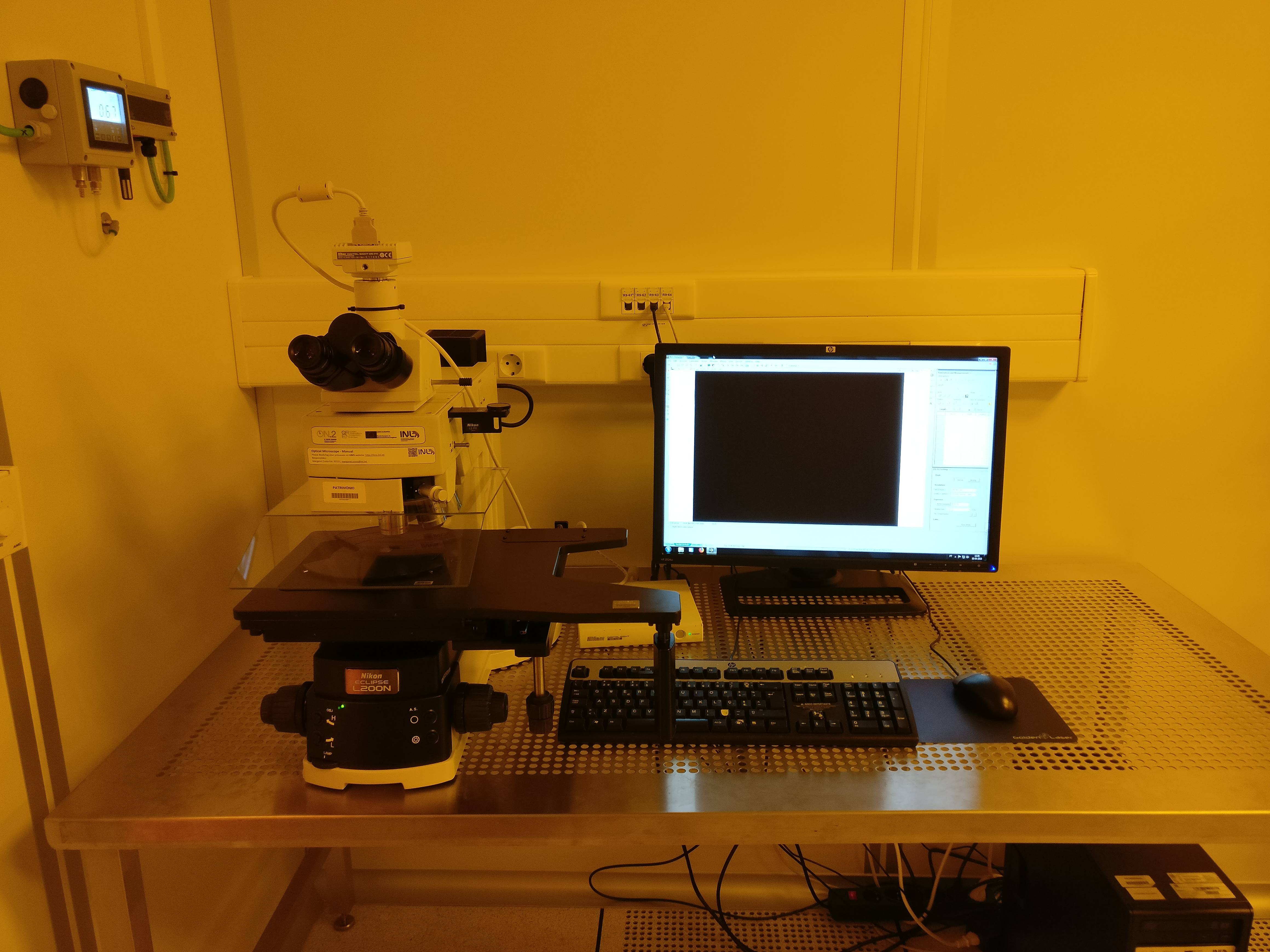Picture of Optical Microscope - Manual - Litho