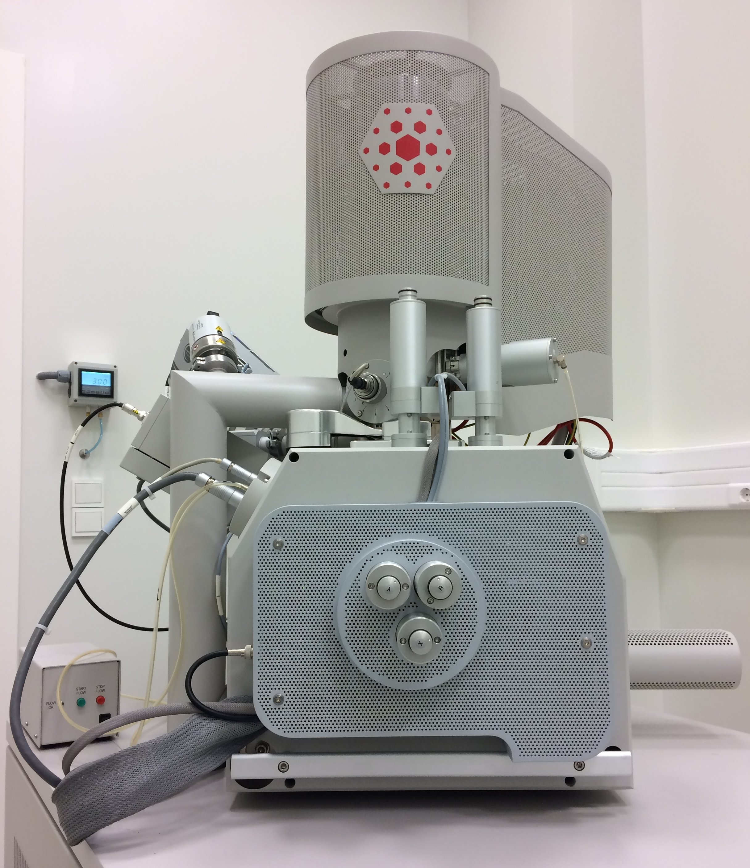 Picture of Scanning Elect. Microscope QUANTA 650FEG